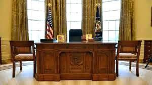 White house oval office desk Ornate Wooden Oval Office Furniture Crooks Has Built Replica Of The White House Oval Ikimasuyo Oval Office Furniture Tweet By White House Director Of Social Media