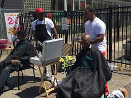 how the man behind haircuts 4 homeless