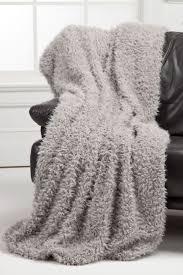 best  medium throws ideas on pinterest  super bulky yarn
