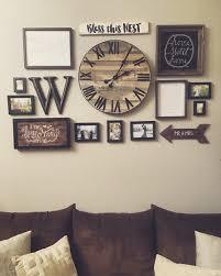 Gallery wall with handmade pallet clock http://hubz.info/98/
