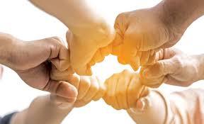 نتيجة بحث الصور عن ارق كلمة جميلة متحركة    يد بيد