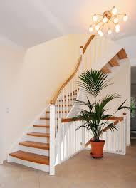 Setzstufen prägen als ein wichtiges element das bild ihrer so gewährleisten wir ihnen optimale präzision beim treppenbau. Wangentreppen Streger Massivholztreppen