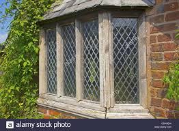 Alten Verwitterten Fenster Ein Gartenhaus Mit Verbleitem