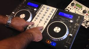 DJ Controller و DJ Player