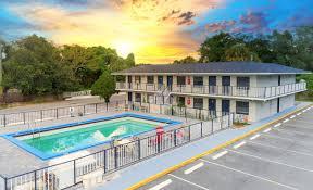 Shining Light Inn Kissimmee Fl The 10 Closest Hotels To Osceola County Historical Society