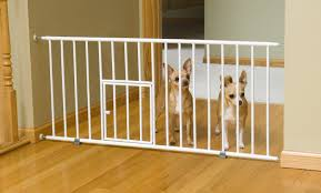 Gate For Stairs Best Baby Gate With Cat Or Dog Pet Door 2017 Review Of Top Pet Gates
