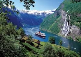 when s the best time to cruise norway s fjords