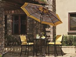 outdoor commercial patio umbrellas
