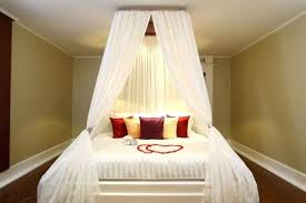 romantic bedrooms for couples. Romantic Bedroom Idea Designs For Couples Astonishing White Queen Size Bed Modern Laminated Beautiful Drum Shape Bedrooms C