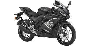 yamaha yzf r15 v3 bs6 on road in
