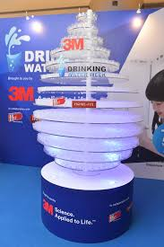 3m s first ever 3d water droplet monument to encourage pers to drink more water