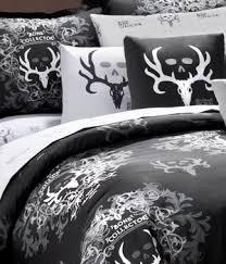 Amazon Black Bone Collector 7 Pc Queen forter Set
