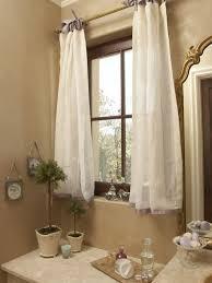 small elegant home design photo in atlanta
