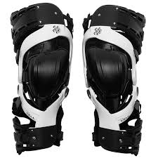 Amazon Com Asterisk Ultra Cell D C Knee Brace Protection