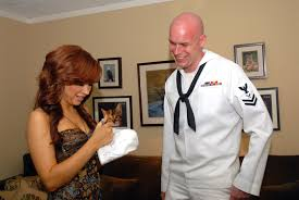 fileus navy 070425 n 6536t 068 intelligence specialist 2nd class jarrod navy intelligence specialist
