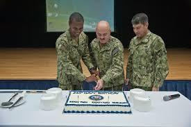 navcent sailors reenlist on navy birthday navy intelligence specialist