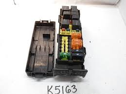 taurus sable yft a ac fusebox fuse box relay unit 00 01 taurus sable yf1t 14a003 ac fusebox fuse box relay unit module k5163