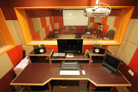 office interior. An Incredible Office Interior Will Precisely Give Impression Of Your Brand. Our Architects Have Vast Experience In Leading Projects And