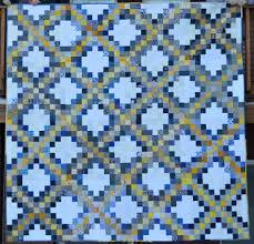 Free Irish Chain Quilt Block Pattern + Giveaway - Seams And Scissors & This is such a fun quilt to make!!! You are going to love it!!!! This is a  great scrap buster and will also work fabulous as a Leader and Ender  project. Adamdwight.com