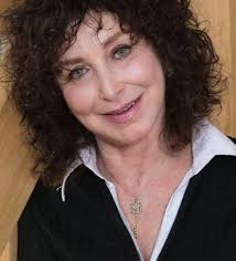 Gabrielle Shapiro '79 – Vassar on the Front Lines
