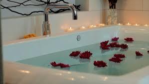 choosing the right whirlpool bathtub