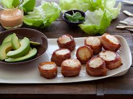 bacon wrapped scallops with y mayo