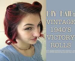 diy hair vine 1940 s victory rolls curly hair tutorial victory rolls short curly