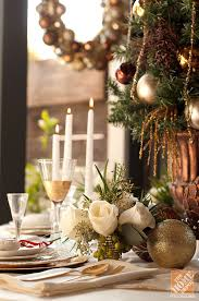 Holiday Entertaining Ideas: Gorgeous Christmas Tablescape