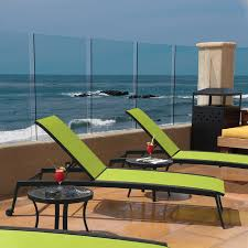 outdoor relaxed sling chaise lounge