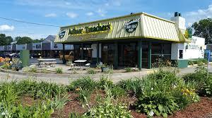 Arthur Treachers Fish Chips Restaurant 4451 Mahoning