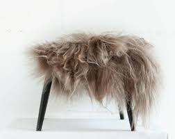 genuine icelandic sheepskin chair cover taupe 40 x 40 centimeters sheepskin chair throw taupe gy sheepskin sheepskin pelt throw