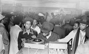 jamaican sound system. fatman sound system at 1970s dance jamaican