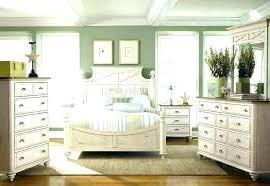Dark Wood Bedroom Sets Impressive Metal Bedroom Sets Of Urban Plains ...