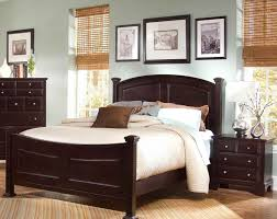 Hamilton Bedroom Furniture Vaughan Bassett Hamilton Franklin 4 Piece Bedroom Set Triple