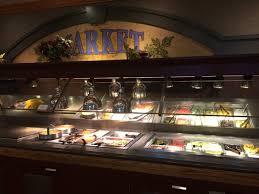 restaurants near metrocenter mall