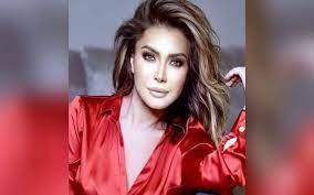 نوال الزغبي تطر ح أحدث ألبوماتها الغنائية