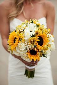 clic yellow and white bouquet
