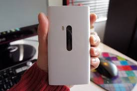 nokia lumia 920 white. nokia lumia 920 back in hand white k