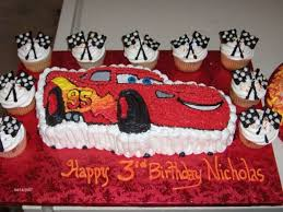 Lightning Mcqueen And Extra Cupcakes Cakecentralcom