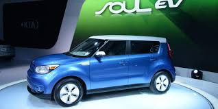 2018 kia electric. contemporary 2018 2018 kia soul ev gets a battery upgrade to bring the range over 100 miles with kia electric