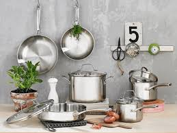 Calphalon Cookware Comparison Chart The 6 Best Stainless Steel Cookware Sets Of 2019