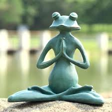 garden frog statue whimsicl ddition grden sculptures uk large statues resin garden frog statue solar large