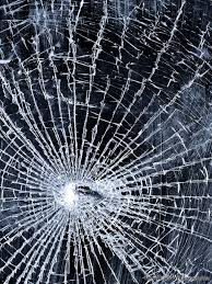 4 broken and shattered ipad and iphone screen wallpaper