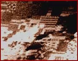 Risultati immagini per The Ancient Ruins of an Alien City on Mars