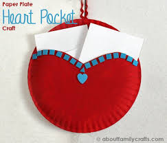 paper plate heart pocket