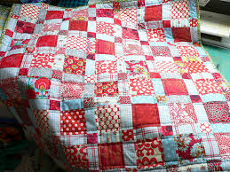 Red and Aqua Bee & aqua red babyquilt Adamdwight.com