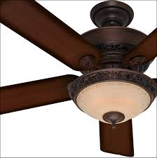 ceiling fan rotation direction winter