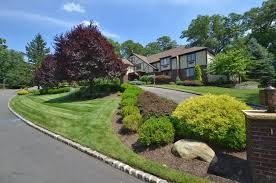 landscape design on a slope has particular challenges that can be met by an experienced landscaper landscaping your hillside home or office creates landscaping5 office