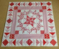 Sew Fresh Quilts: Top 10 Tips for New Quilters - Sashing & Borders & A pieced border can add an interesting visual effect. Adamdwight.com
