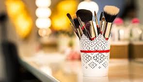 lights for applying make up